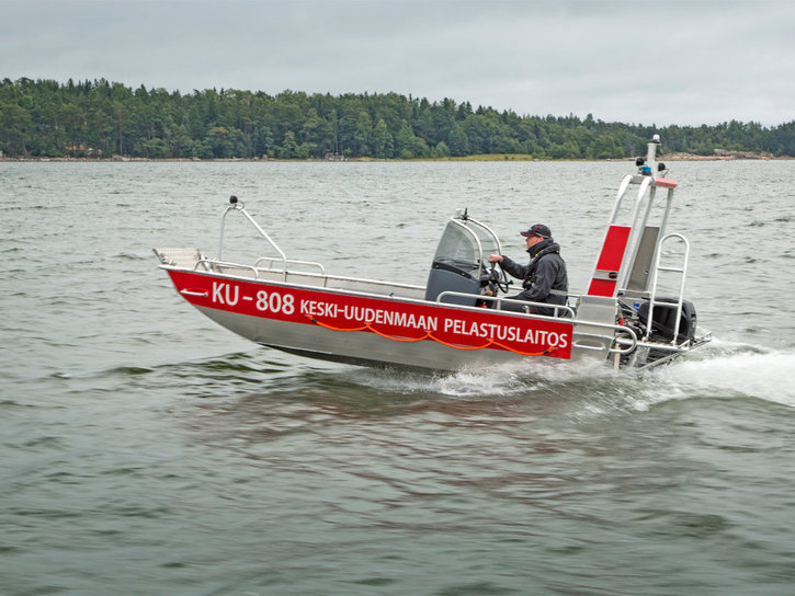 faster-work-boats-440T-17-e-05