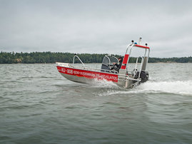 faster-work-boats-440T-17-e-06