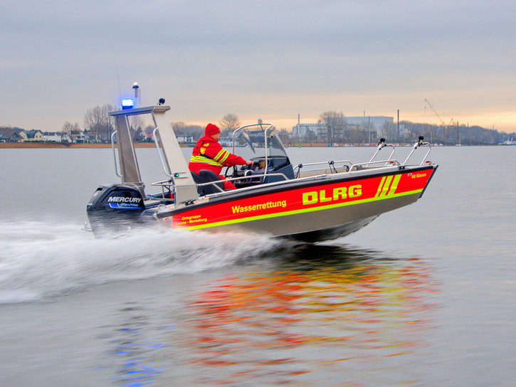 faster-work-boats-545-BCW-18-e-01
